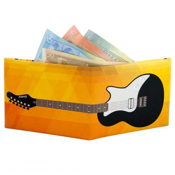 chitarra-nera-esterno