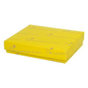 Scatola gialla chiusa